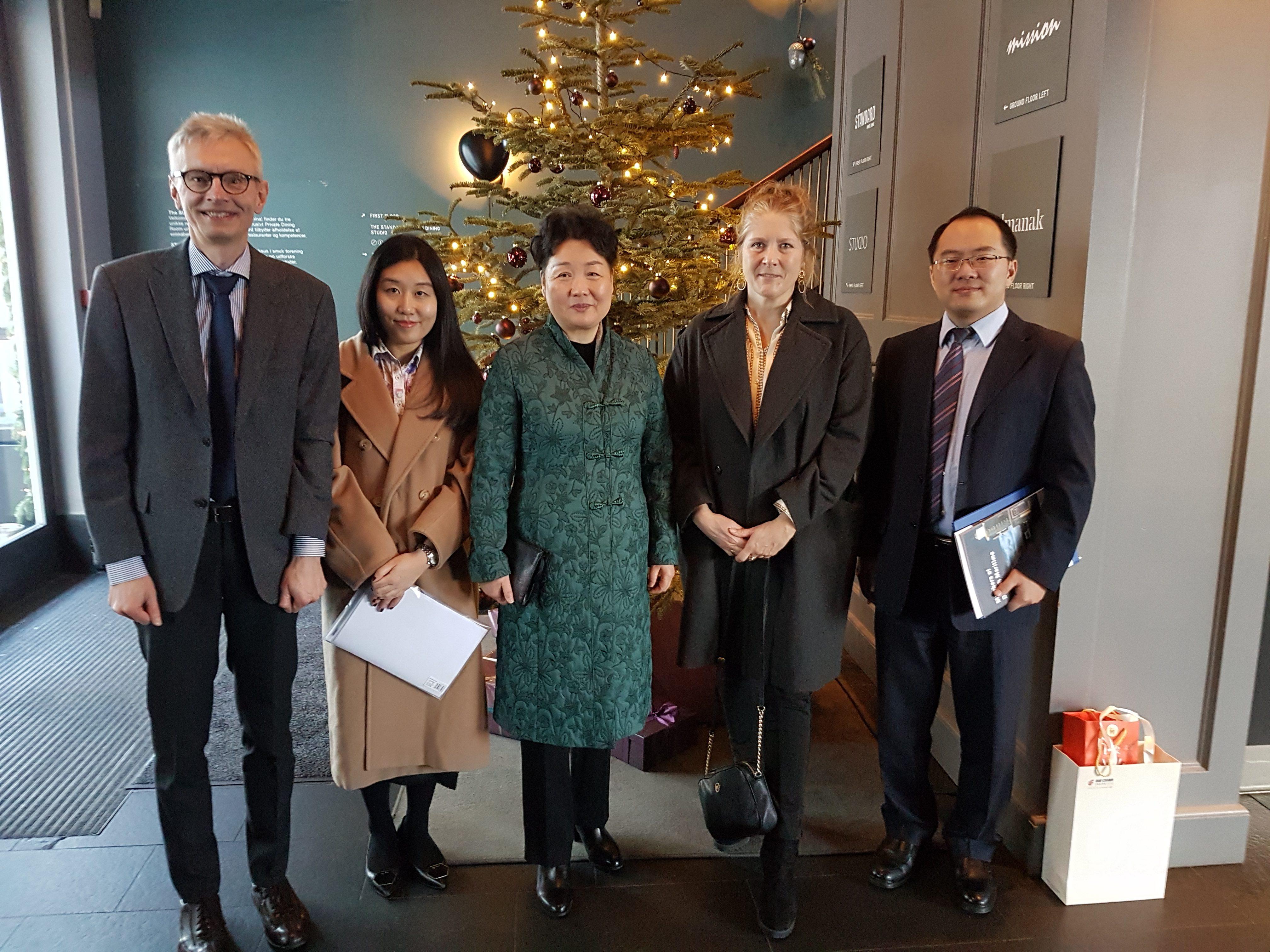 Danske Maritime til møde med den kinesiske ambassadør i Danmark